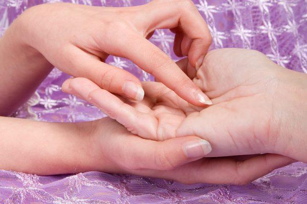 mujer, lectura de palma